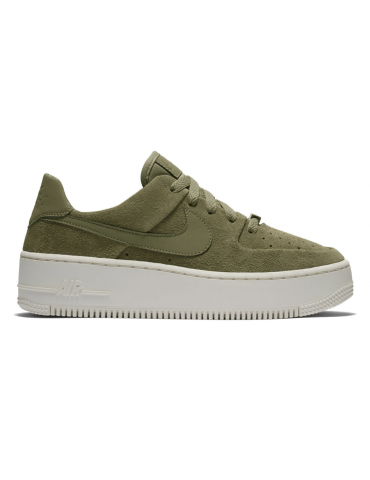 Nike Air Force 1 Sage Low...